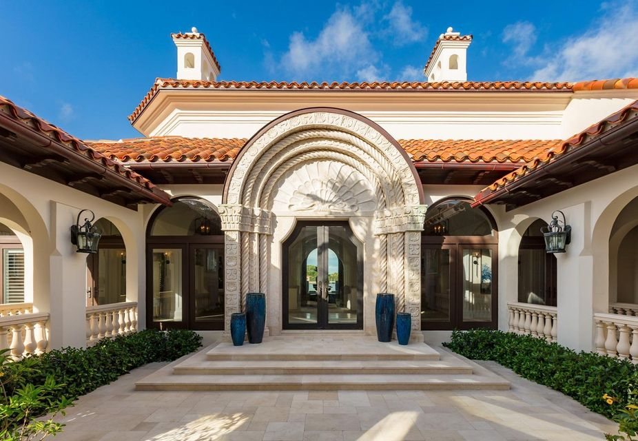 353  El Brillo Way , Palm Beach FL 33480 is listed for sale as MLS Listing RX-10430286 photo #8