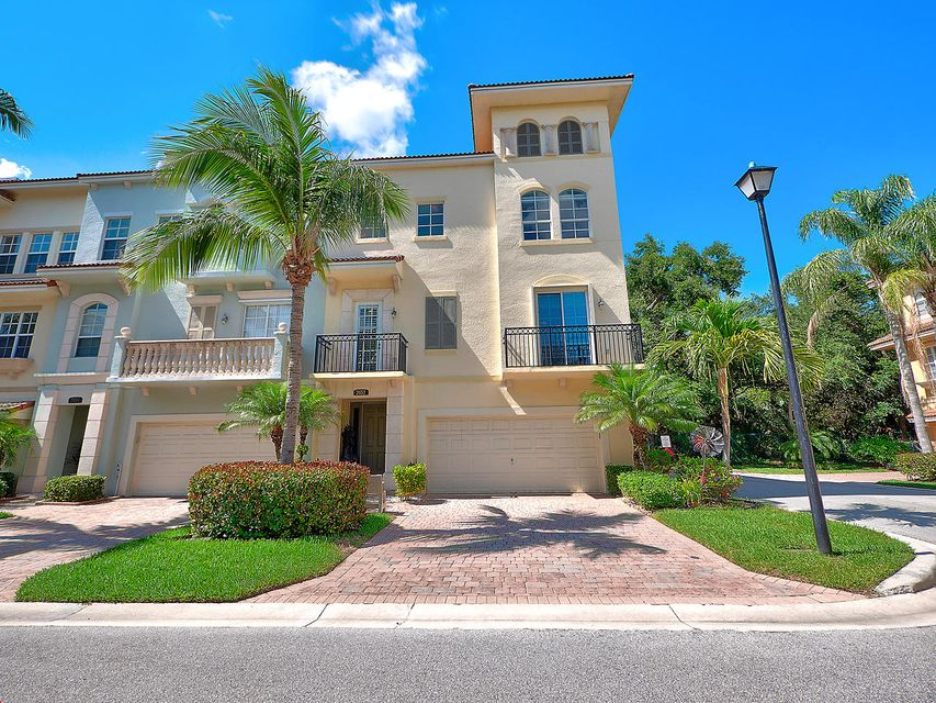 2652 Ravella Lane , Palm Beach Gardens FL 33410 is listed for sale as MLS Listing RX-10430407 21 photos