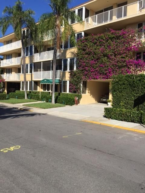 223 Atlantic Avenue, 3d - Palm Beach, Florida