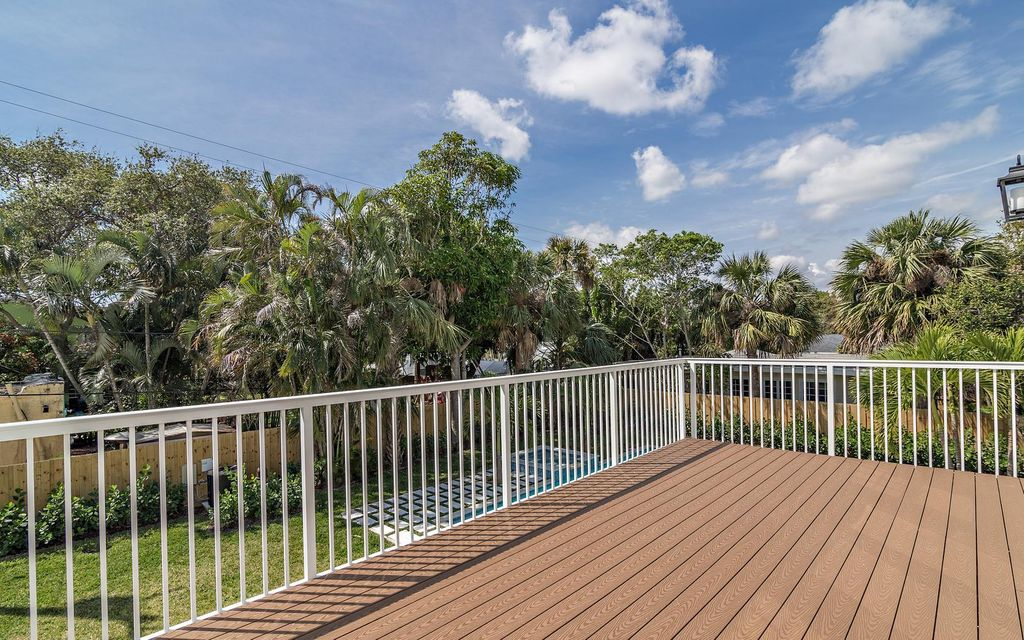 130 Greenwood Drive West Palm Beach, FL 33405 small photo 25