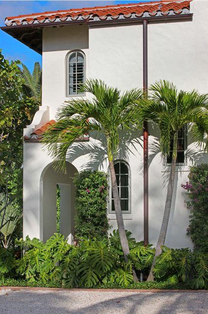 162  Atlantic Avenue , Palm Beach FL 33480 is listed for sale as MLS Listing RX-10430521 photo #3