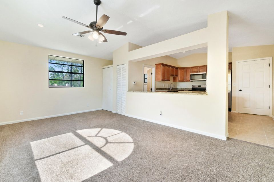 4901 Coconut Boulevard Royal Palm Beach, FL 33411 photo 15