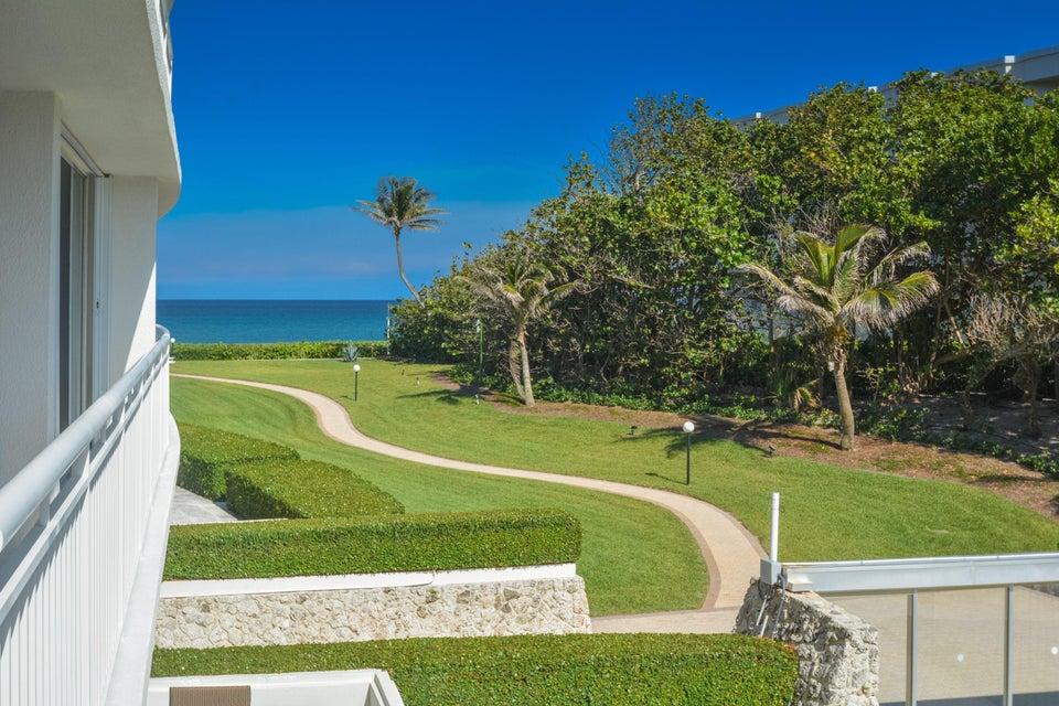 2780 S Ocean Boulevard 207  Palm Beach FL 33480