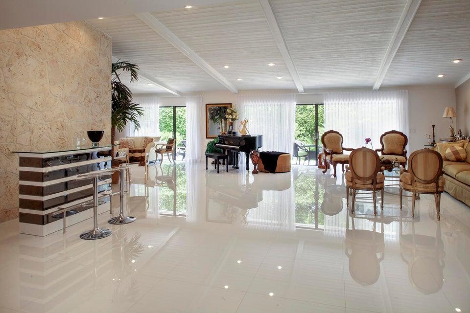 Delaire Country Club home 4440 White Cedar Lane Delray Beach FL 33445
