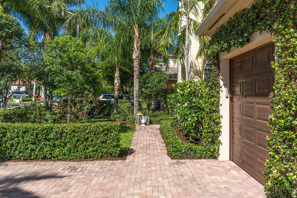 9462 Mcaneeny Court Wellington, FL 33414 small photo 6