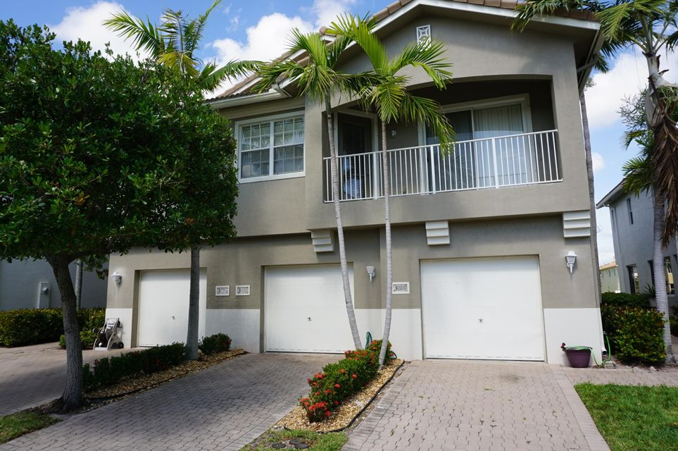 3074 Laurel Ridge Circle , Riviera Beach FL 33404 is listed for sale as MLS Listing RX-10430430 23 photos