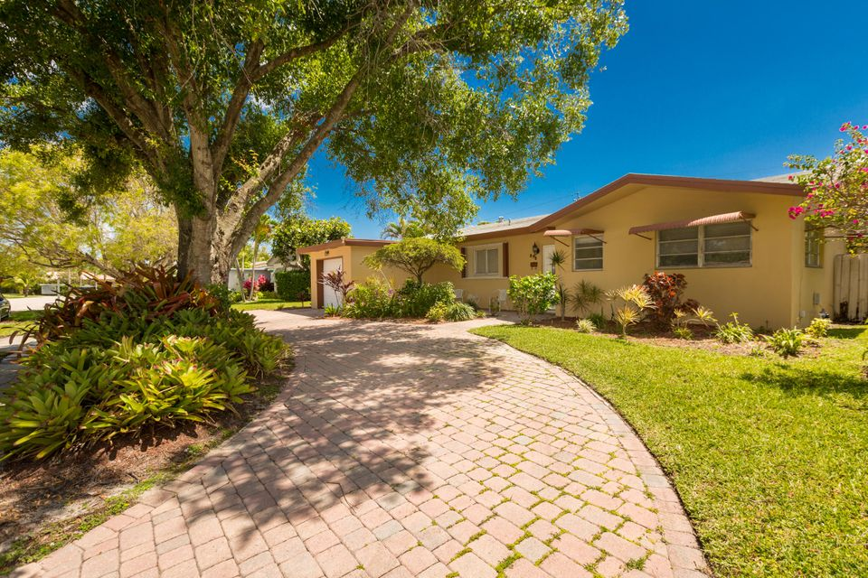 898 SW 10th Avenue  Boca Raton FL 33486