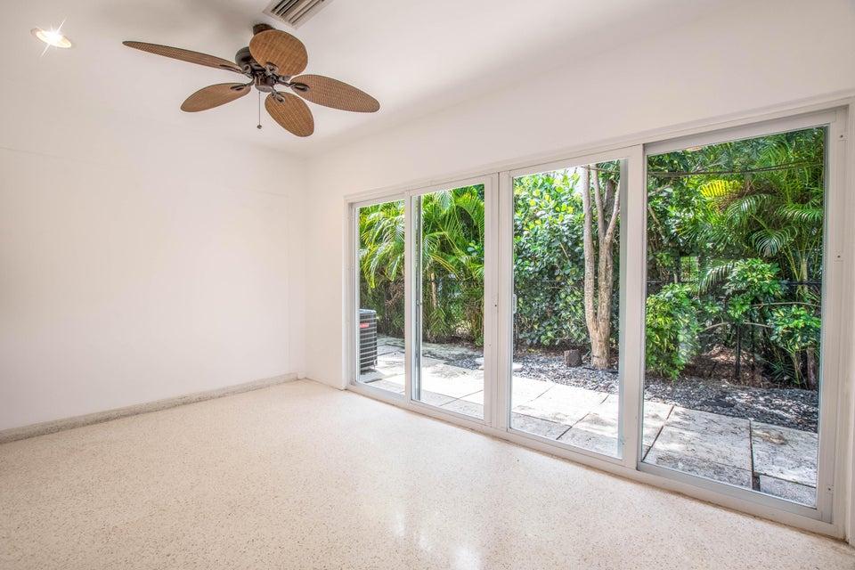 410 Venetian Drive Delray Beach, FL 33483 photo 16