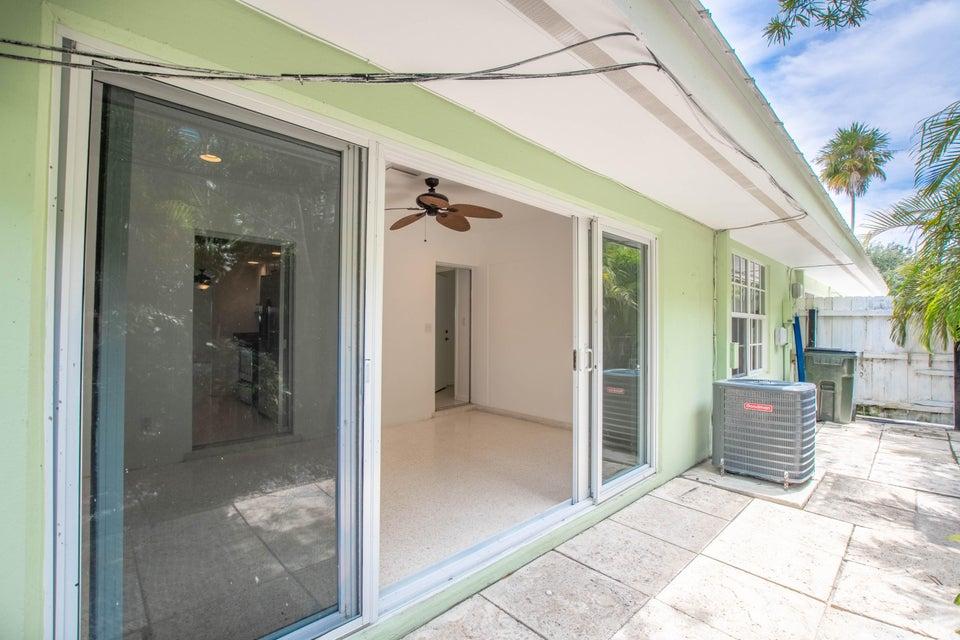 410 Venetian Drive Delray Beach, FL 33483 photo 25