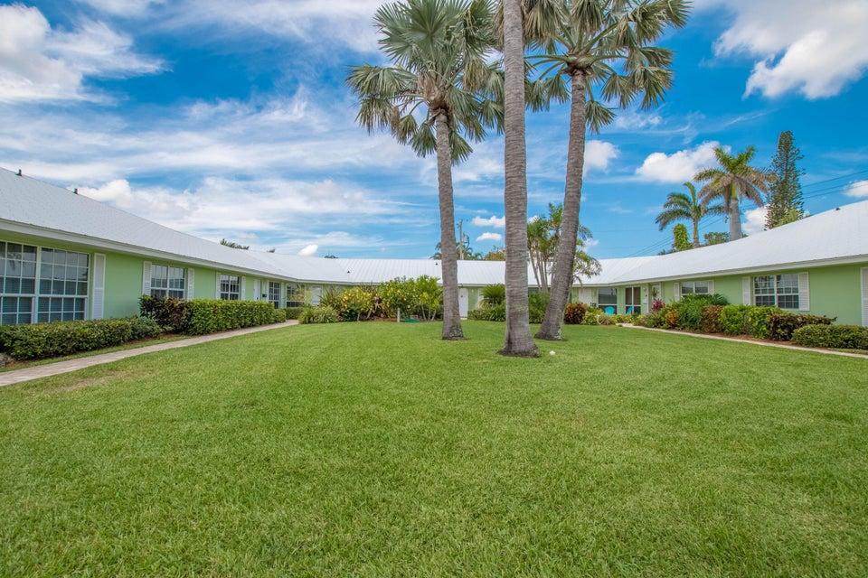 410 Venetian Drive Delray Beach, FL 33483 photo 7