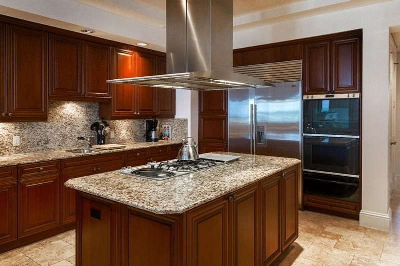 622 N Flagler Drive 402, West Palm Beach FL 33401 is listed for sale as MLS Listing RX-10430753 photo #19