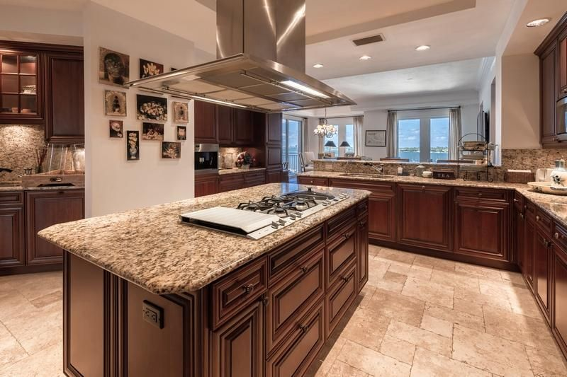 622 N Flagler Drive 402, West Palm Beach FL 33401 is listed for sale as MLS Listing RX-10430753 photo #10