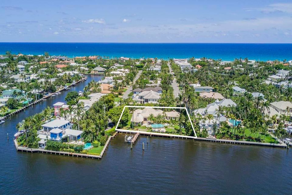 1010  Beach Drive , Delray Beach FL 33483 is listed for sale as MLS Listing RX-10430765 photo #2