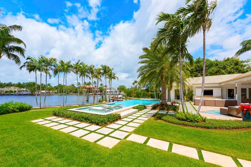 1010  Beach Drive , Delray Beach FL 33483 is listed for sale as MLS Listing RX-10430765 photo #3