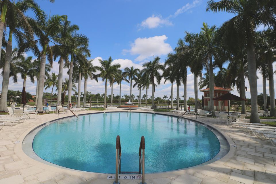 9288 Via Elegante Wellington, FL 33411 photo 6