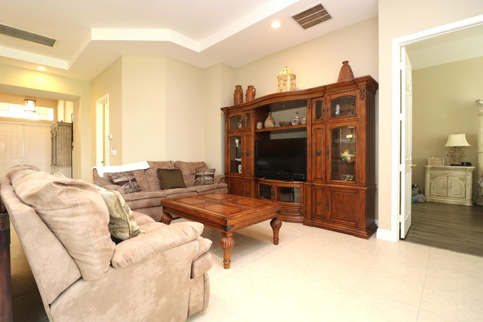 9288 Via Elegante Wellington, FL 33411 photo 12