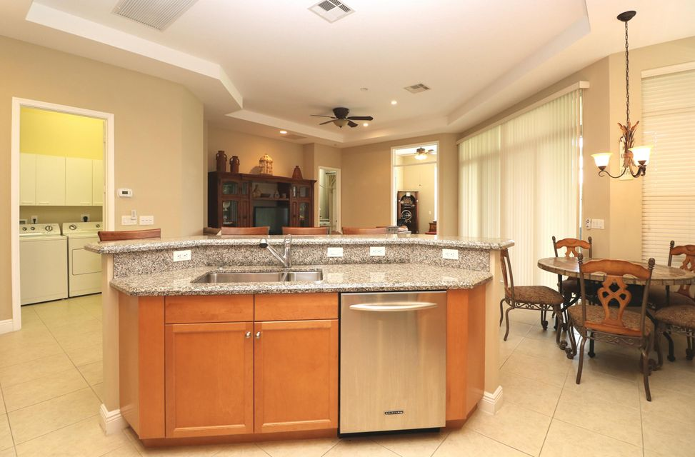 9288 Via Elegante Wellington, FL 33411 photo 22