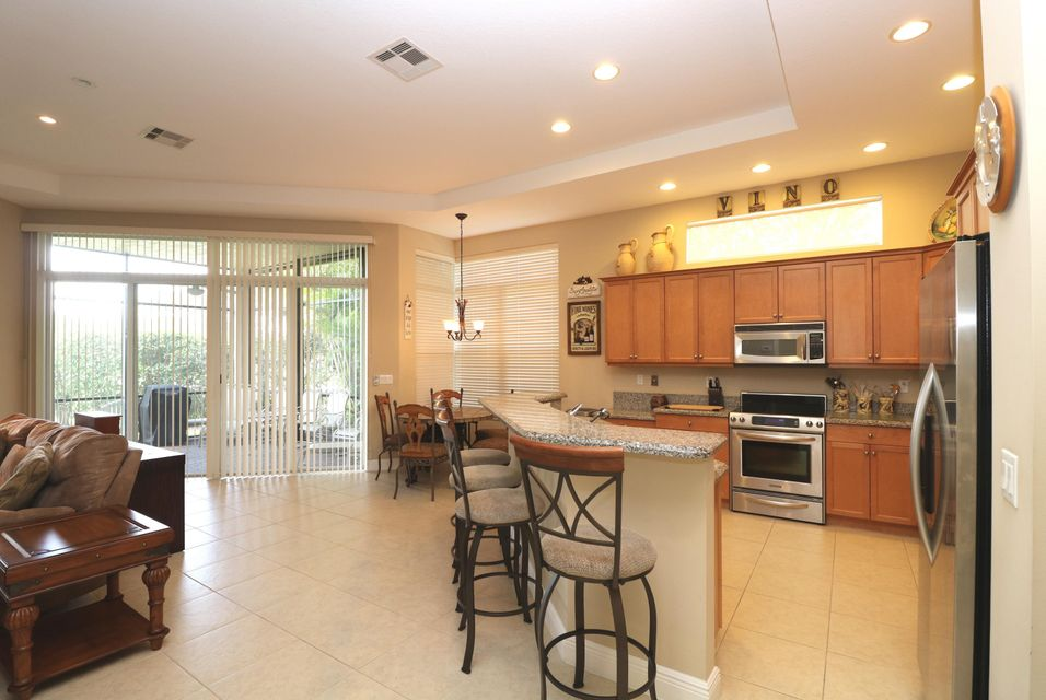 9288 Via Elegante Wellington, FL 33411 photo 23