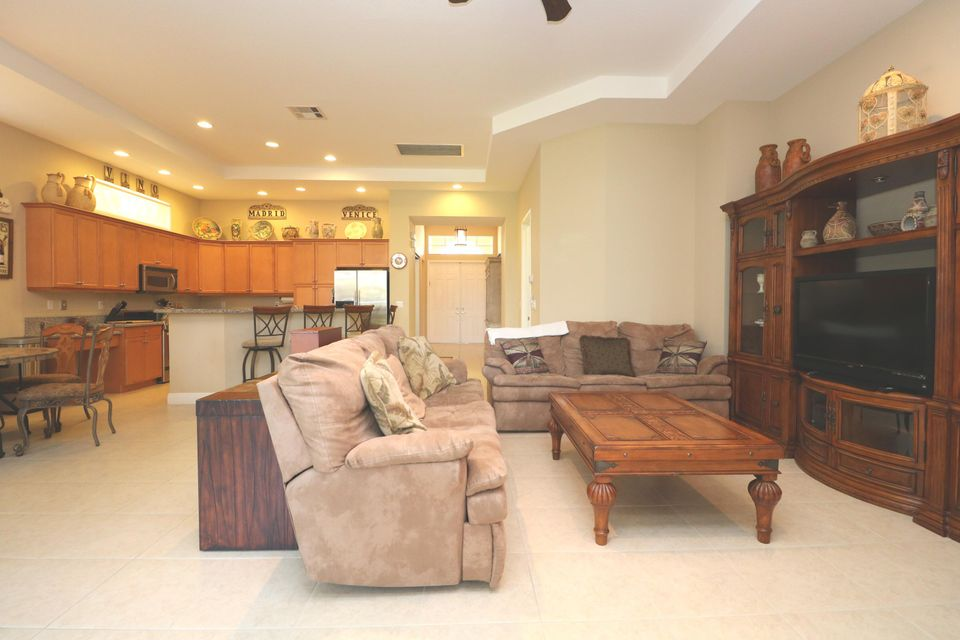 9288 Via Elegante Wellington, FL 33411 photo 27