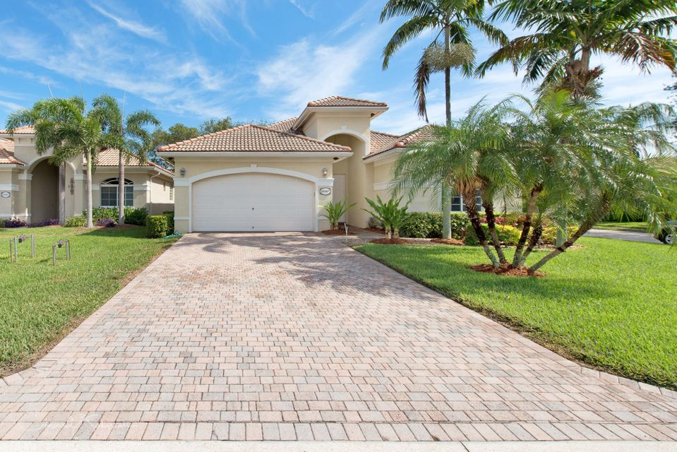 8587 White Cay  West Palm Beach, FL 33411