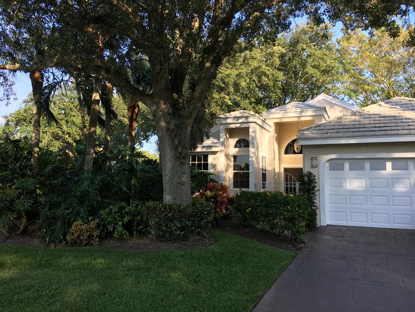 12751 Touchstone Place  West Palm Beach, FL 33418