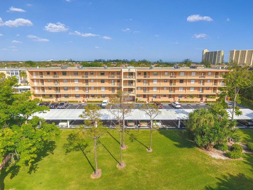 300 N Highway A1a, D-403 , Jupiter FL 33477 is listed for sale as MLS Listing RX-10431068 36 photos