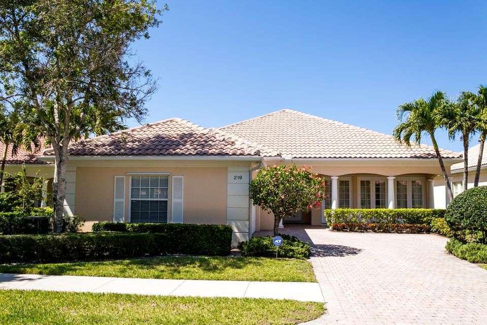 219 Danube Way , Palm Beach Gardens FL 33410 is listed for sale as MLS Listing RX-10431257 36 photos