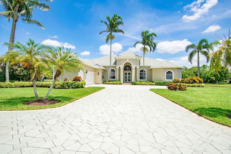 8130 Woodsmuir Drive Palm Beach Gardens, FL 33412 photo 4
