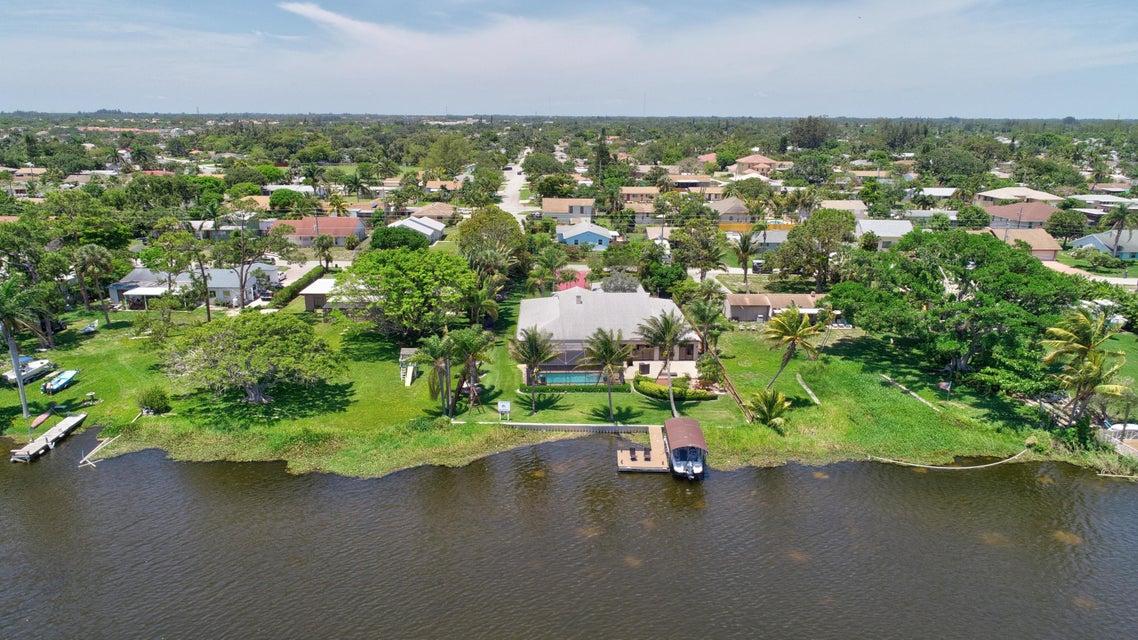 6760 Eastview Drive Lake Worth, FL 33462 photo 4