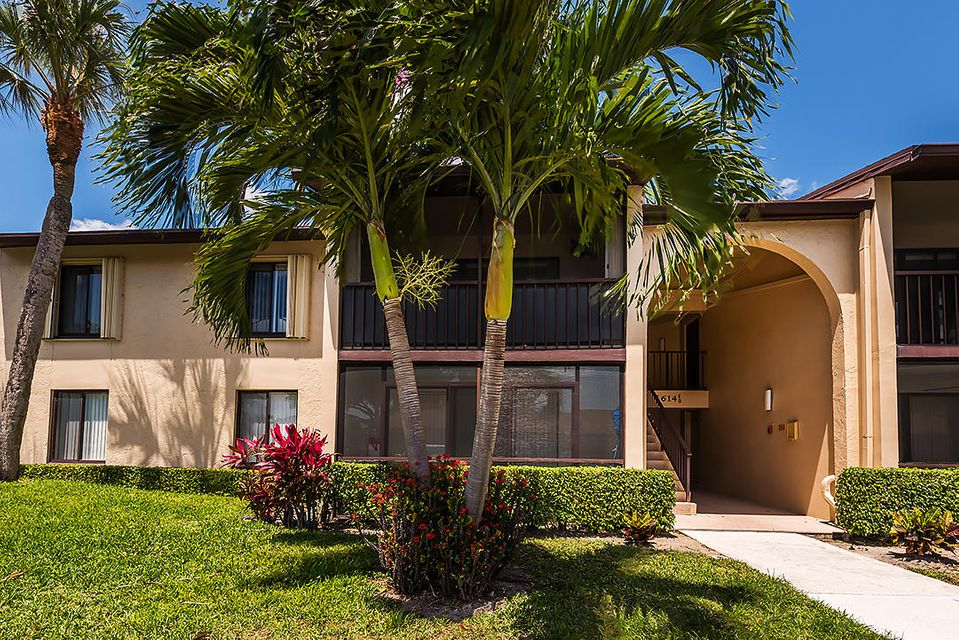 614 Sea Pine Way C2 , Greenacres FL 33415 is listed for sale as MLS Listing RX-10431446 38 photos