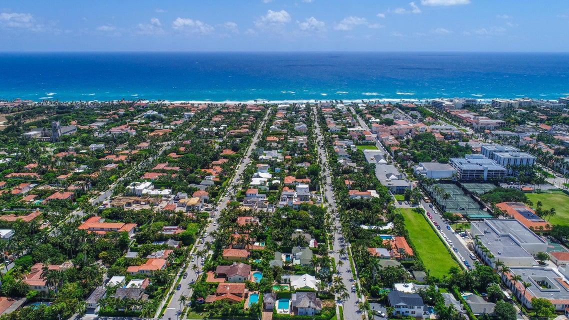 359 Seaspray Avenue  Palm Beach FL 33480