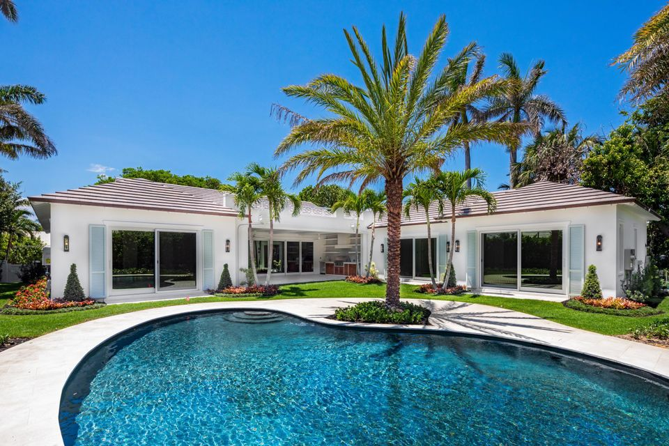 3133  Polo Drive , Gulf Stream FL 33483 is listed for sale as MLS Listing RX-10431600 photo #3