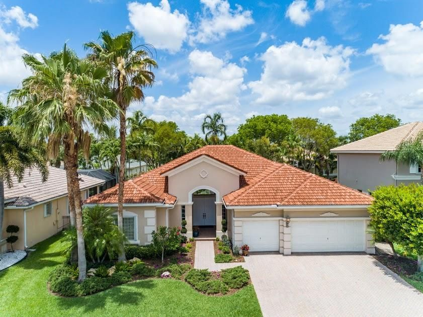 4433 Wellington Shores Drive  Wellington, FL 33449