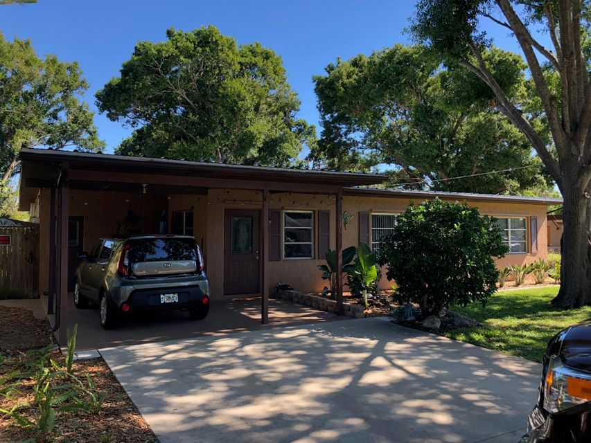 Home for sale in Southern View Fort Pierce Florida