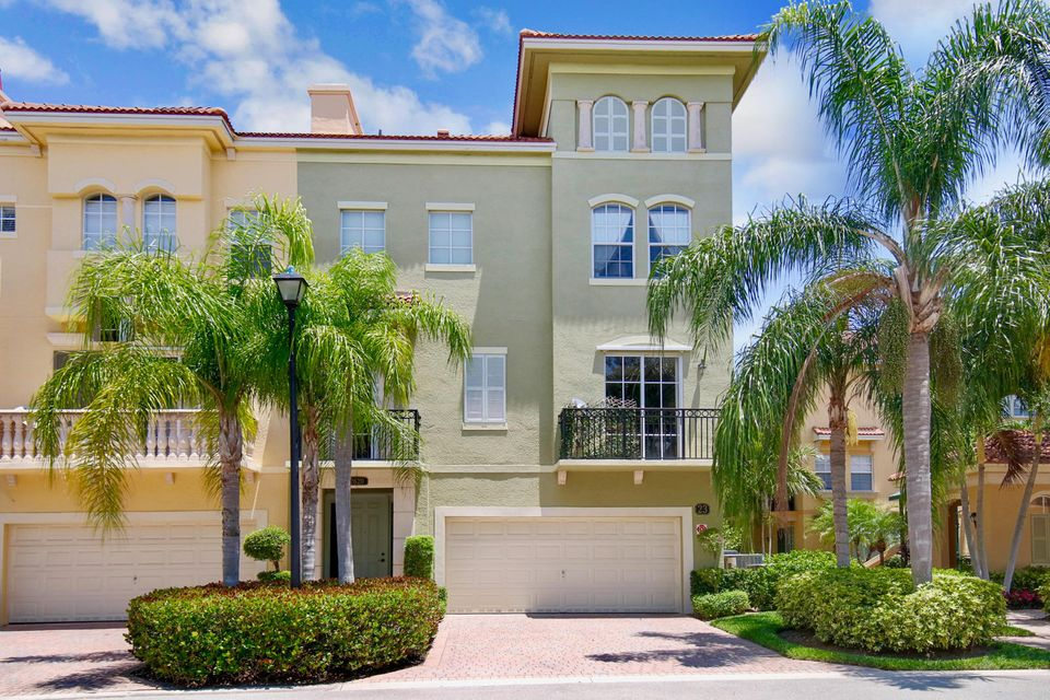 2620 Ravella Lane , Palm Beach Gardens FL 33410 is listed for sale as MLS Listing RX-10435069 37 photos