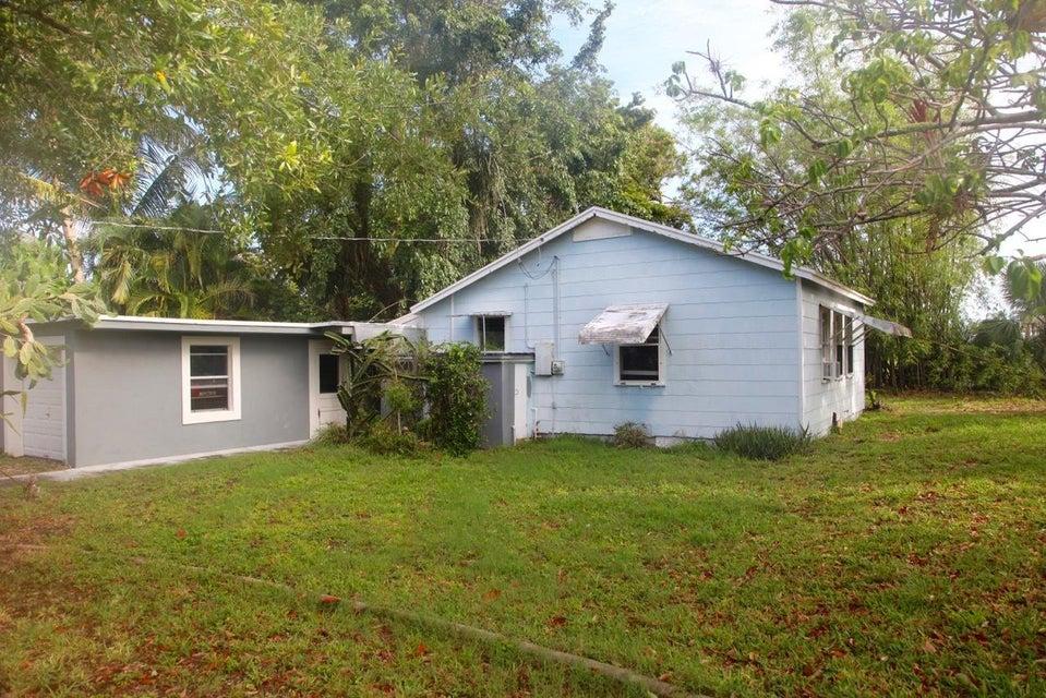 105 E Chandler Road West Palm Beach, FL 33406 photo 2
