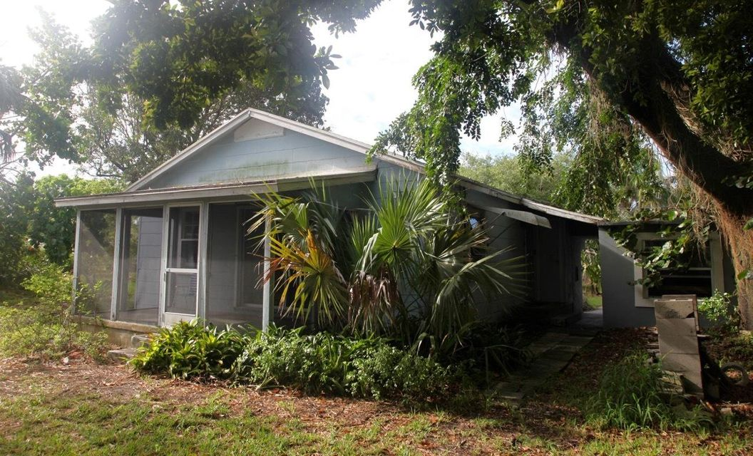 105 E Chandler Road West Palm Beach, FL 33406 photo 3