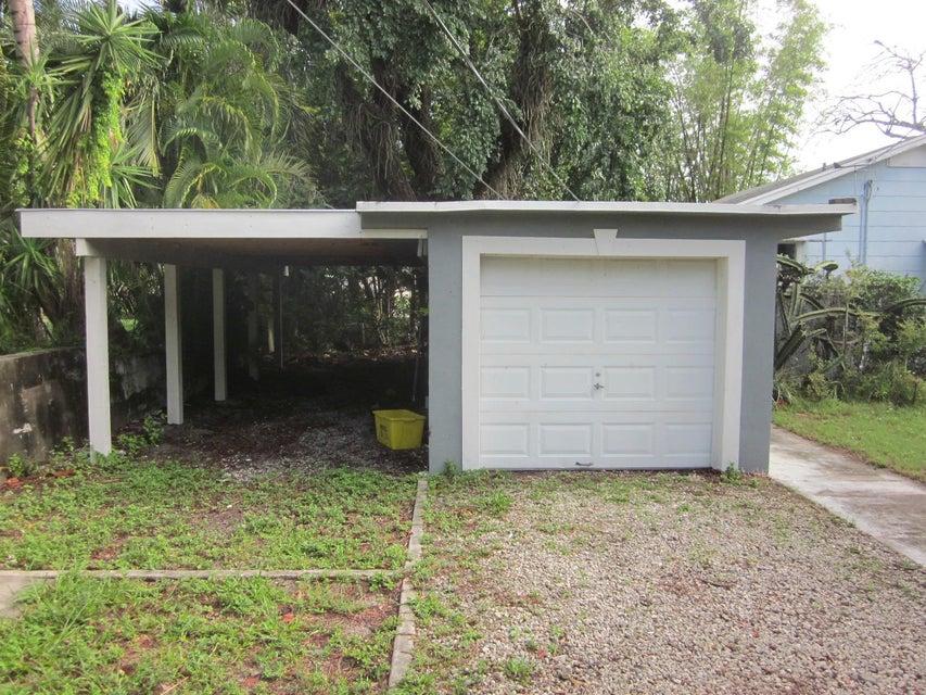 105 E Chandler Road West Palm Beach, FL 33406 photo 19