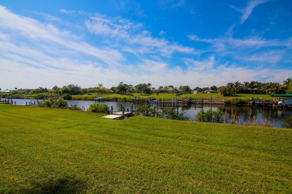 SOUTH RIVER SHORES REALTY