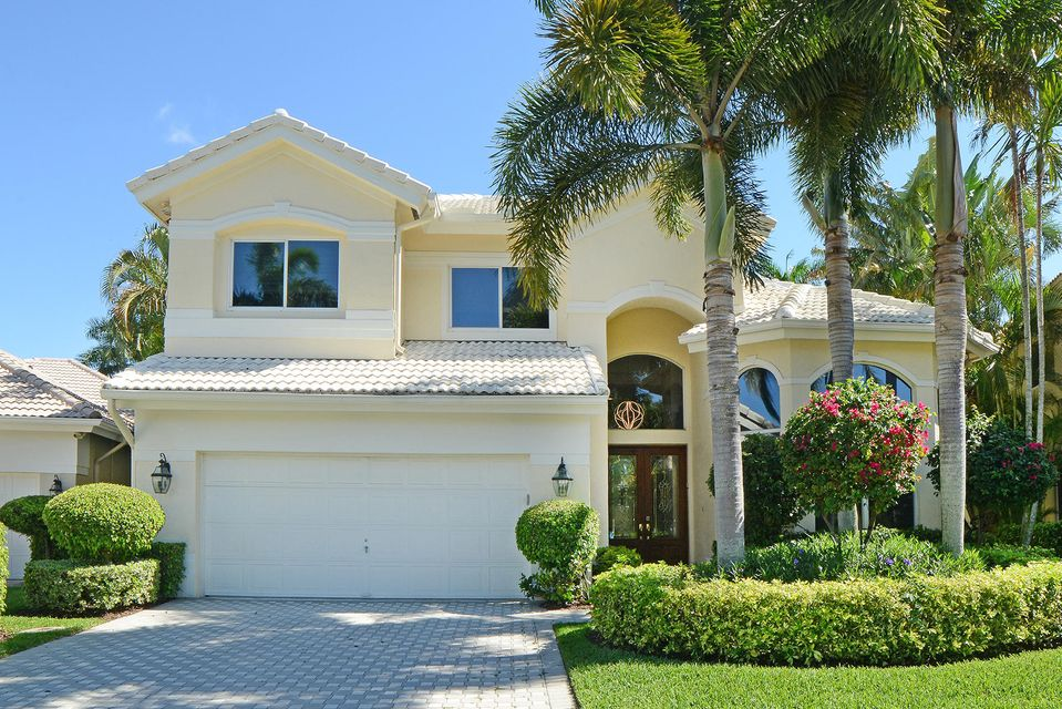 6694 Newport Lake  is listed as MLS Listing RX-10270511
