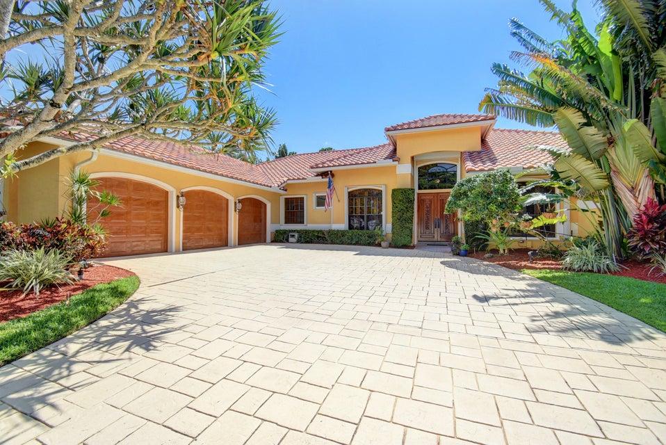 910 Parkside Circle  Boca Raton FL 33486