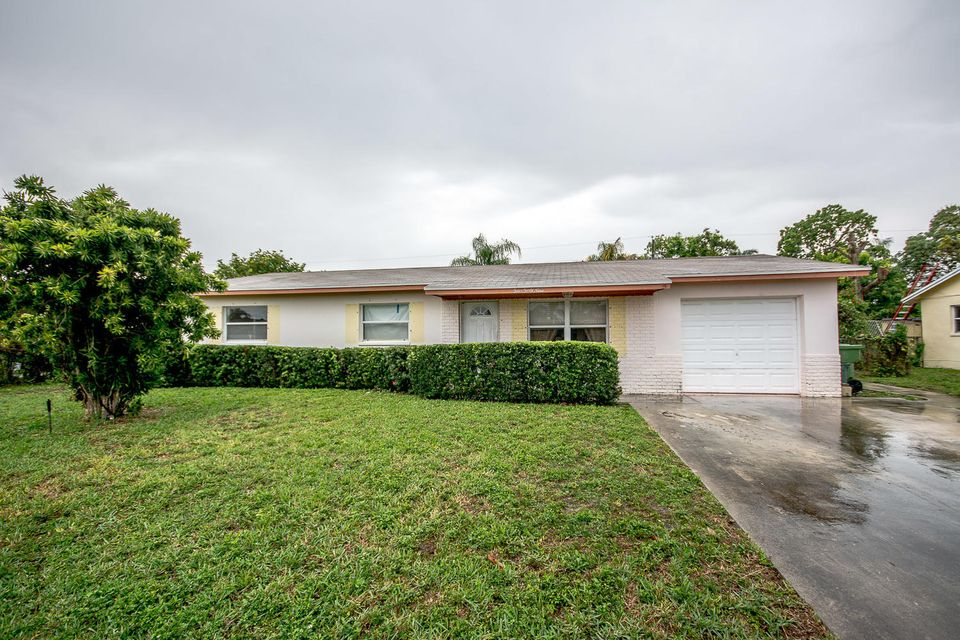 Home for sale in PALM SPRINGS VILLAGE 4 Palm Springs Florida