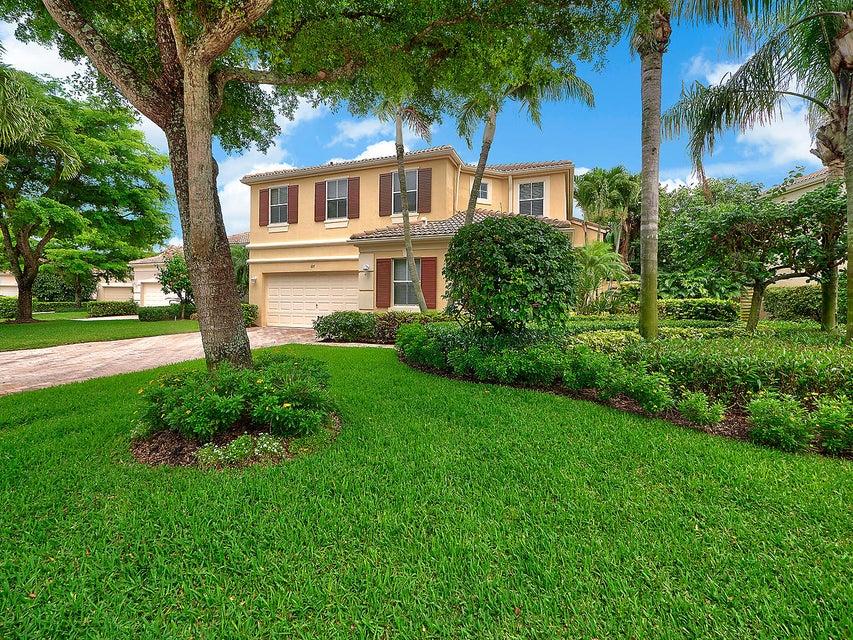 107 Sunset Cove Lane  Palm Beach Gardens FL 33418