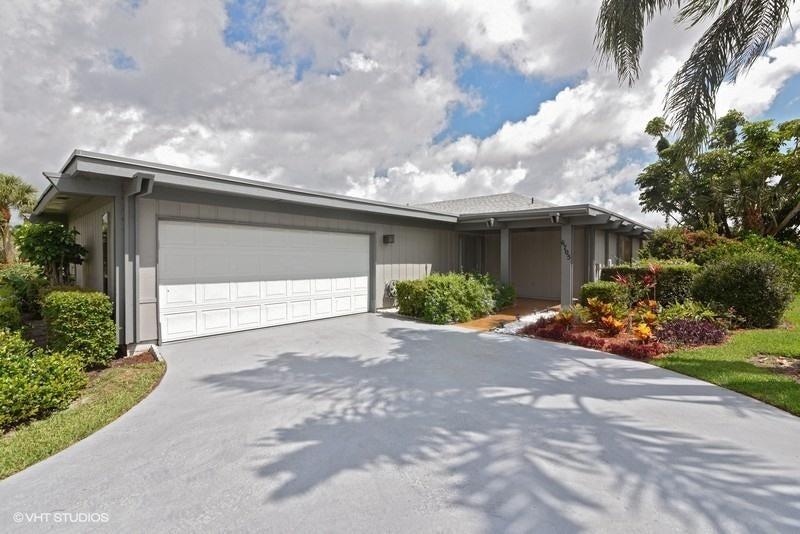 6705 Eastpointe Pines Street West Palm Beach, FL 33418