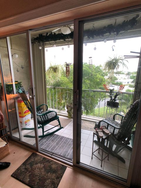 505 Spencer Drive 304 West Palm Beach, FL 33409 photo 12