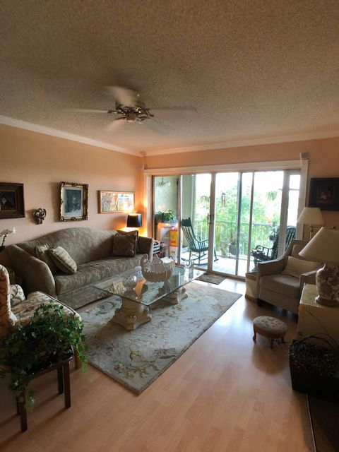 505 Spencer Drive 304 West Palm Beach, FL 33409 photo 5