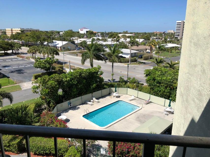 505 Spencer Drive 304 West Palm Beach, FL 33409 photo 2