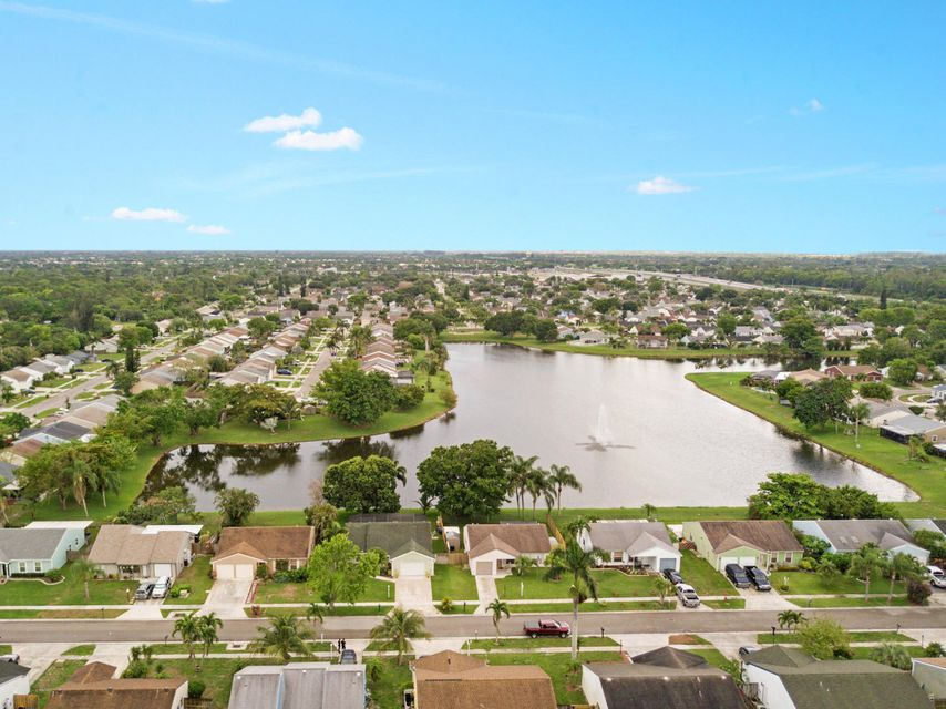 7758 Ashwood Ln Lake Lake Worth, FL 33467 photo 29