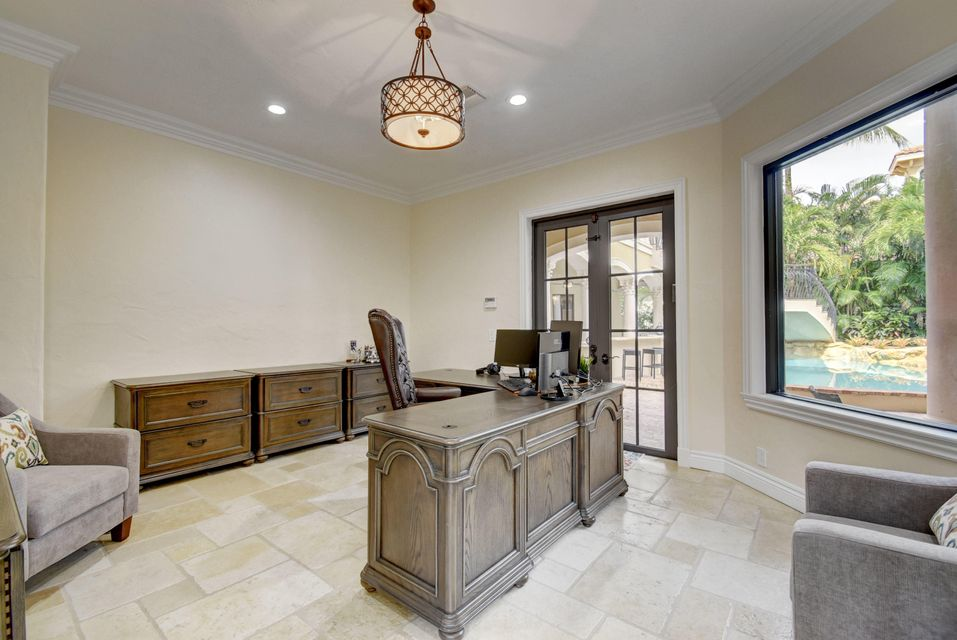 WOODFIELD COUNTRY CLUB REAL ESTATE