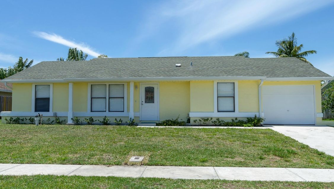 8425 Elaine Drive Boynton Beach, FL 33472   MLS RX-10432592 $250,000 ...